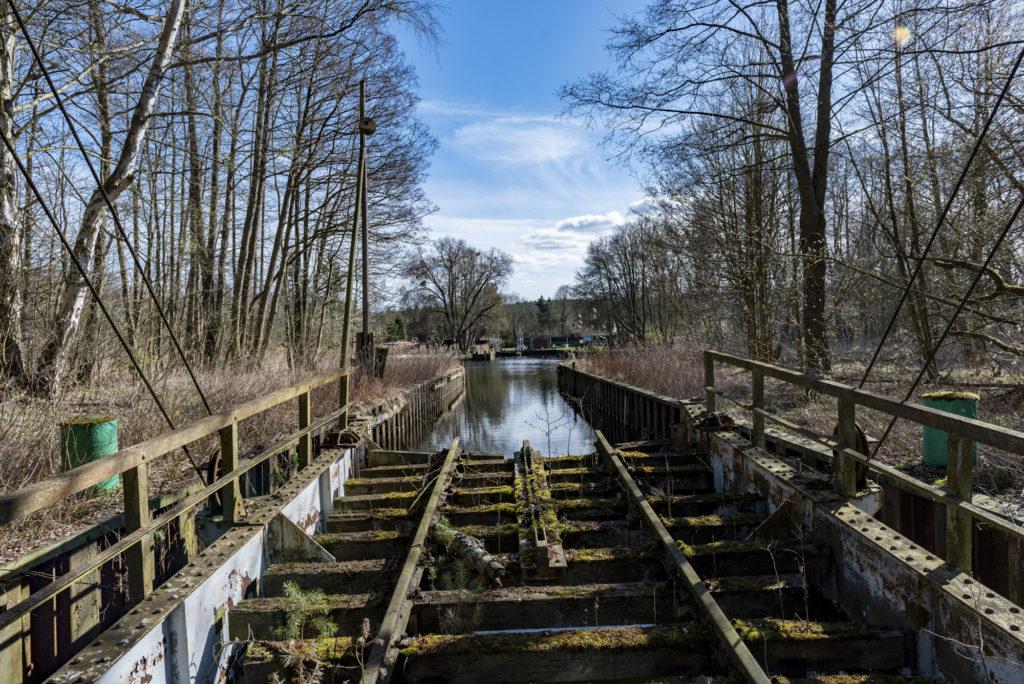 Die nördliche Landebrücke der Eisenbahnfähre. Foto: Christoph Löffler, Berlin