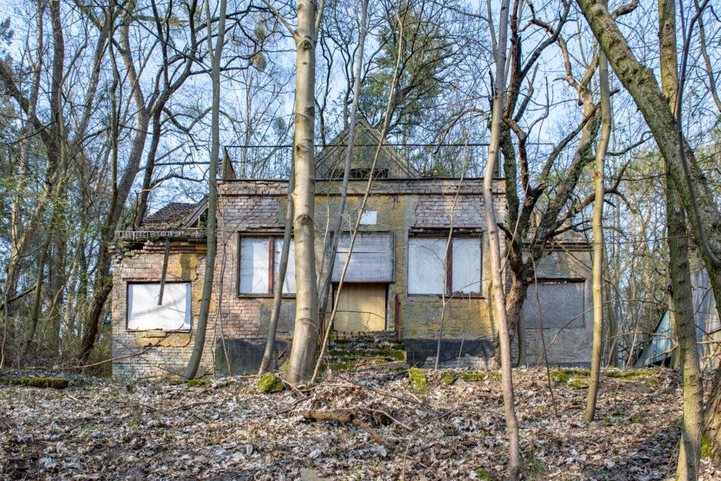 Blick auf die Terrasse des ehemaligen SS-Kinderheims. Foto: Christoph Löffler, Berlin